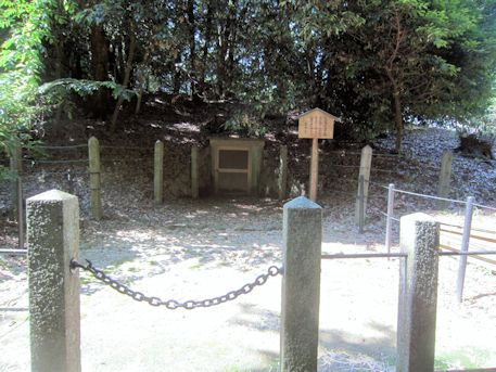 帯解黄金塚古墳の横穴式石室