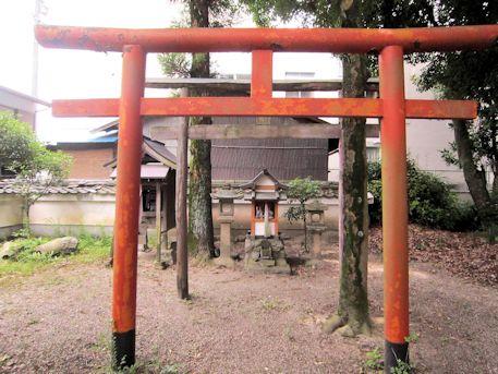 高良神社の境内社