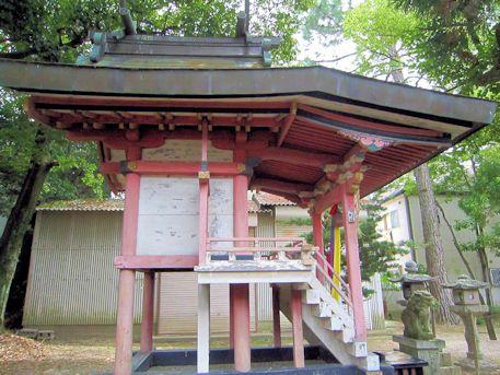 天理市の高良神社