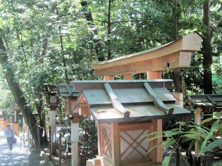 大神神社夫婦岩の鳥居