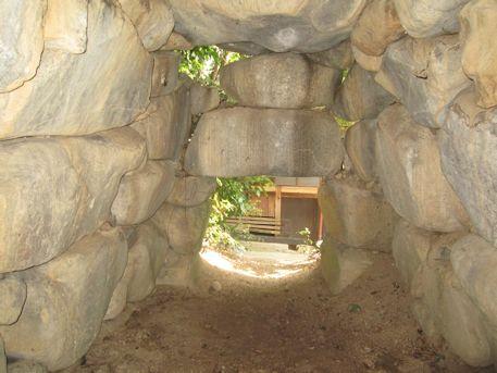 慶運寺裏古墳の横穴式石室