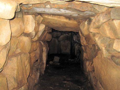 松源院香久山古墳の横穴式石室