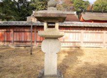 織部型石燈籠