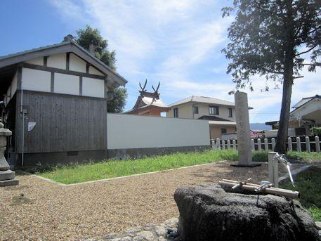 金橋神社手水石