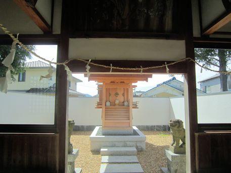 金橋神社本殿