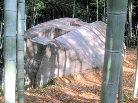 花崗岩の益田岩船