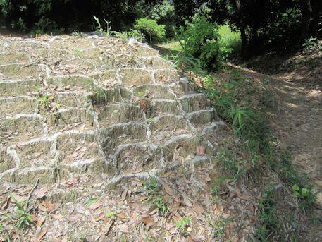 西宮古墳の土嚢