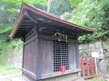 談山神社の閼伽井屋