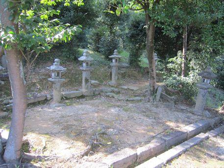 鳥坂神社末社