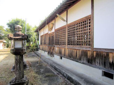 鳥坂神社拝殿