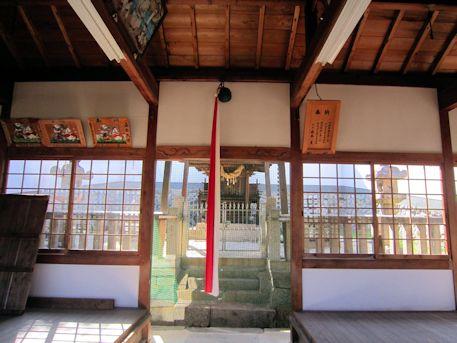 鳥坂神社本殿