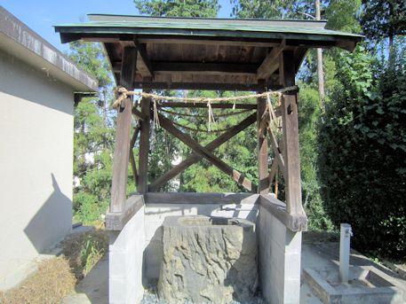 鳥坂神社手水舎