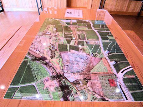 飛鳥京跡苑池の航空写真