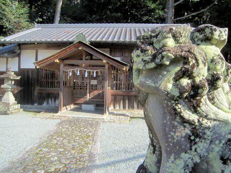 甲神社の狛犬