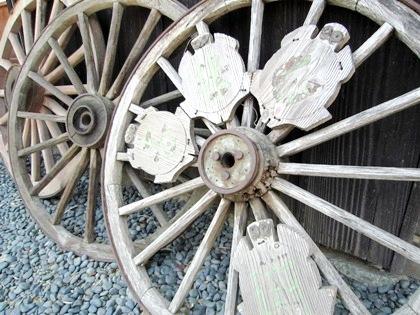 亀形石造物の車輪