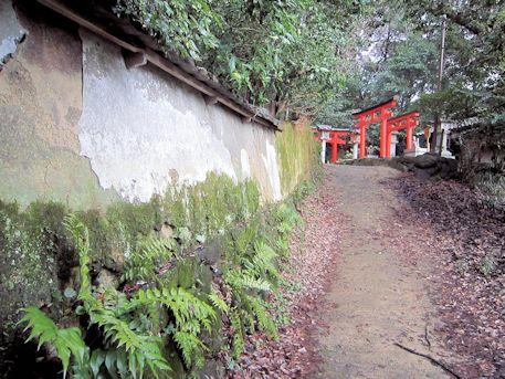 成願稲荷神社の参道