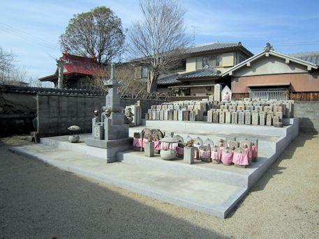 大福寺墓石群
