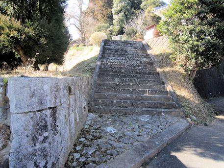 笠間山稜の石段