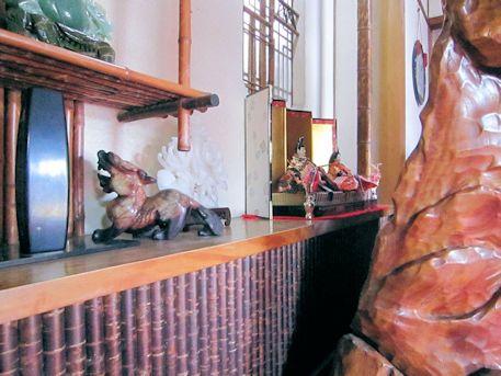 大正楼の雛人形