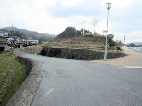 大根田の二差路