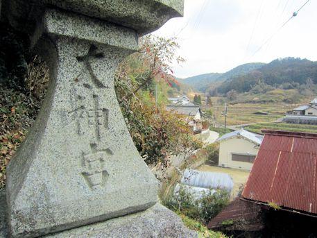 太神宮の石燈籠