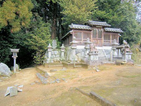大根田の八王子神社
