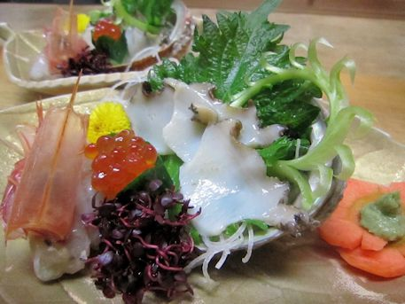 徳島産アワビの刺身