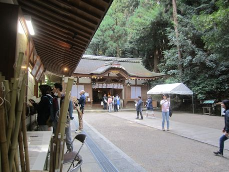三輪山登山口の狭井神社