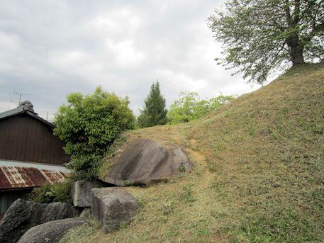 岩屋山古墳の墳丘