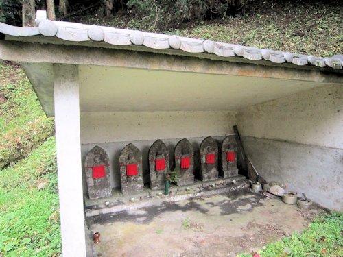 談山神社下手の六地蔵