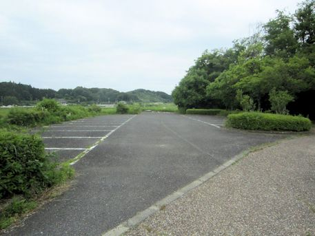 三陵墓古墳群史跡公園の駐車場