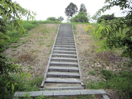 三陵墓東古墳