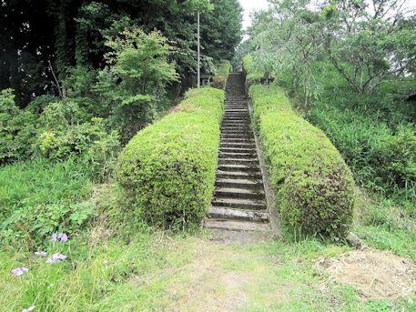 三陵墓南古墳の石段