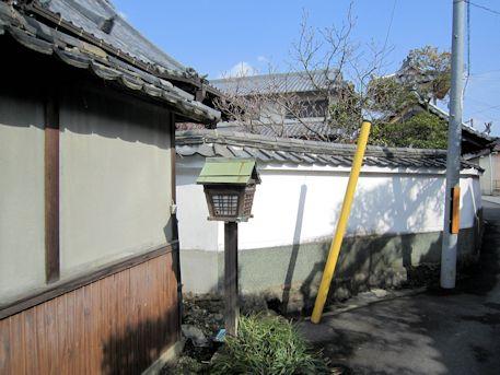 善福寺の灯籠