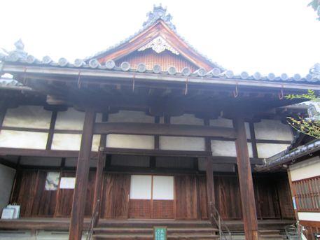 法徳寺本堂