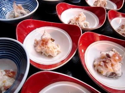 干しシイタケと三輪そうめんの菊麹和え