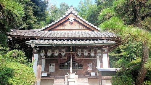 三輪山平等寺不動堂