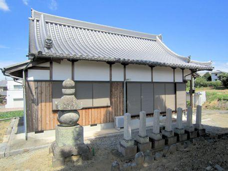 石川精舎跡の墓標