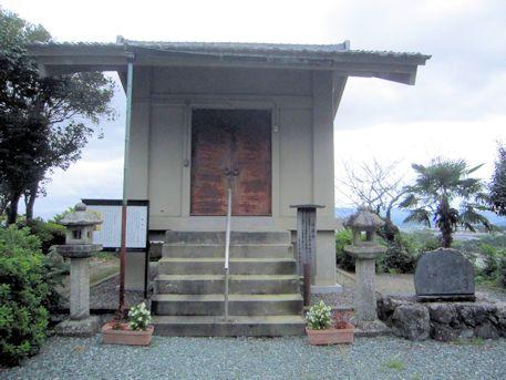 置恩寺収蔵庫