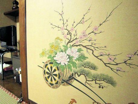 花車の布張り襖