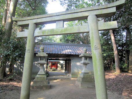 幸前神社割拝殿