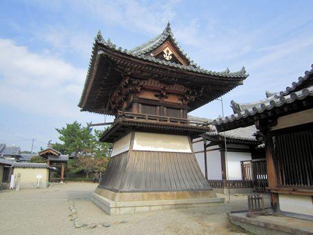 法隆寺東院伽藍の鐘楼