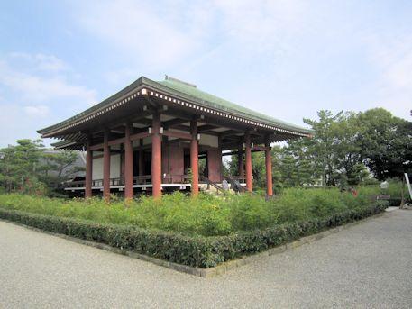 中宮寺本堂